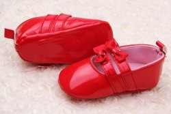 AkinosKIDS Booties With Bow Applique - Red